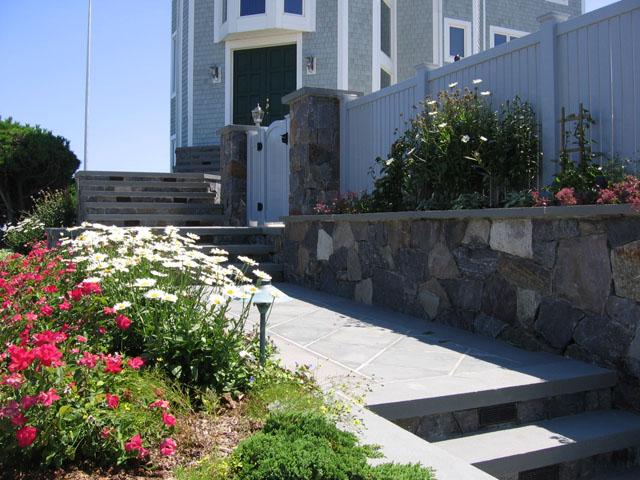 ландшафтный дизайн природный камень, тротуарная плитка